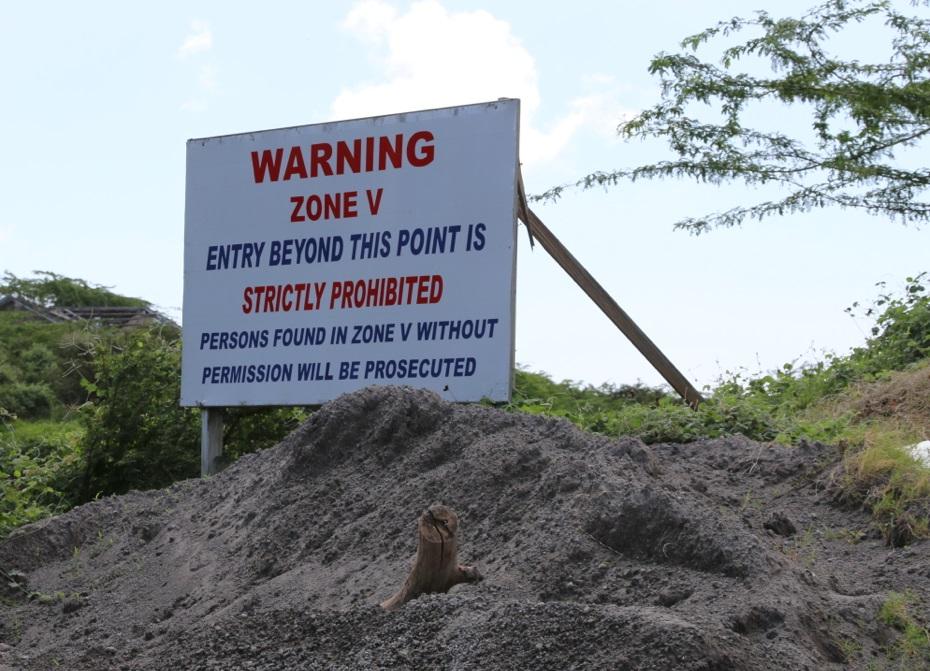 V is for Volcano. Ab hier steigen die Risiken: Erneute Ausbrüche, Schlammlawinen, pyroklastische Ströme. Schneller Tod.