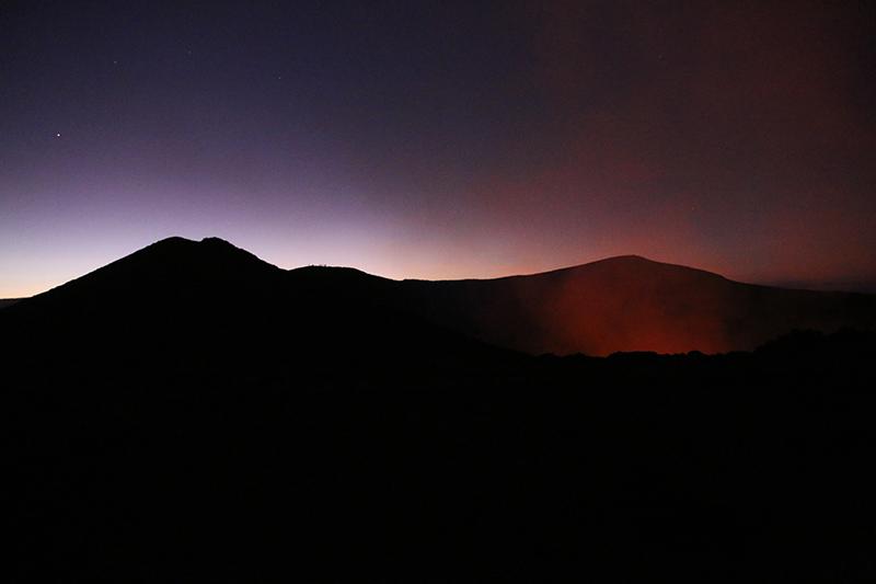 Der Mount Yasur aus der Ferne