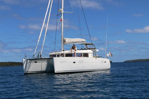 Lagoon 400 for sale: hanging loose in Tonga