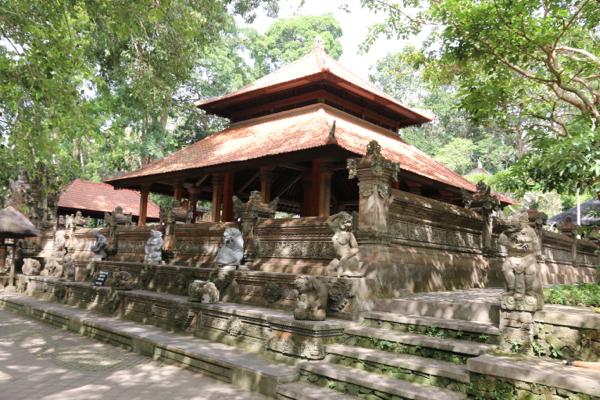 Der Tempel im Monkey Forrest