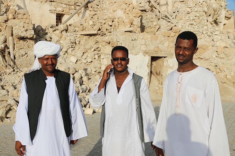 Diese drei kamen ebenfalls aus der Hautpstadt (die Dorfbewohner ließen sich nicht gern fotografieren)